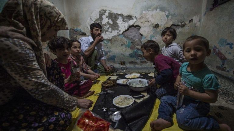 مصر ثاني أغنى دولة إفريقية: الفقراء 27 مليون