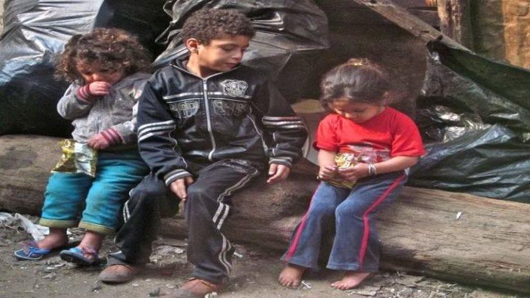 """انطلق قبل عامين.. هل يكفي """"أطفال بلا مأوى"""" للقضاء على الظاهرة؟"""