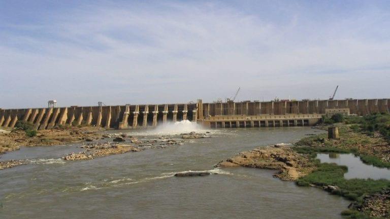 السودان يعلن بناء 12 سدا