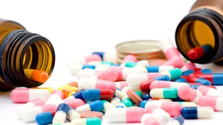 انتشار الأدوية المهربة بمصر