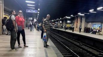 الانتحار تحت عجلات المترو