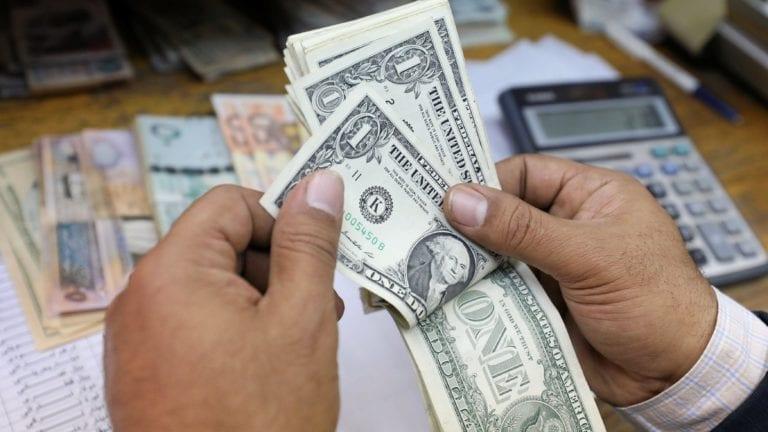 """""""النقد الدولي"""" يشيد بتحرير سعر الدولار الجمركي.. 3 أسباب"""