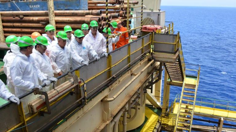 تحويل مصر إلى مركز إقليمي للطاقة