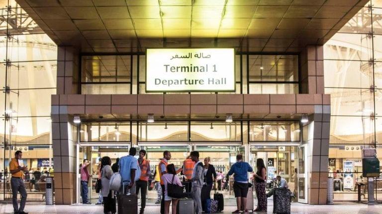 مصر تطالب إنجلترا برفع الحظر عن شرم الشيخ