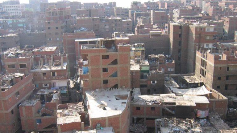 """محافظة القاهرة تبدأ حصر عقارات """"الطوب الأحمر"""" لإلزام ملاكها بطلائها"""