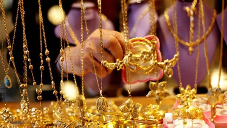 نشرة الحصاد: تراجع أسعار الذهب.. والدين الخارجي يصل لـ110 مليارات دولار