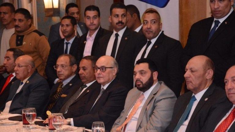 40 حزبا يوافقون على مد فترة الرئاسة إلى ست سنوات