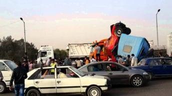 مصرع 7 وإصابة 16 آخرين في حادثي طريق بالقاهرة والأقصر