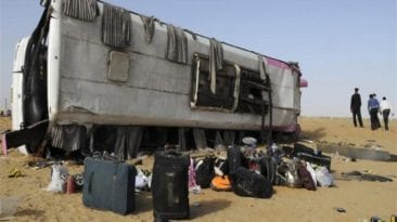 مصرع ثلاثة وإصابة 19 في تصادم أتوبيسين على طريق شرم الشيخ