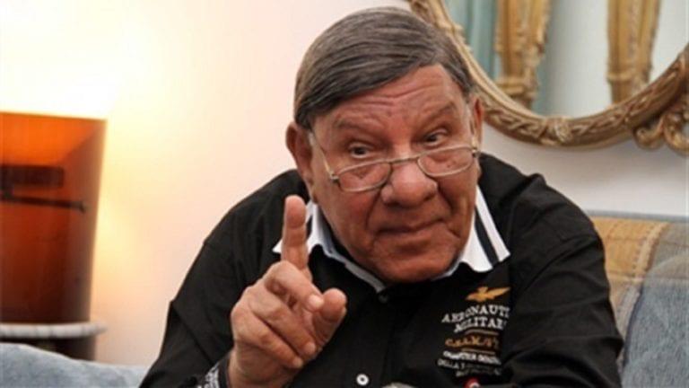 التحقيق في البلاغ ضد مفيد فوزي بعد غضب أهالي دمياط