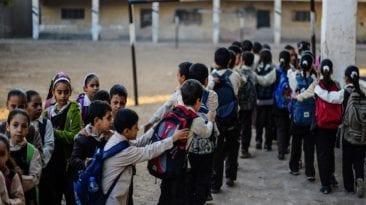 نقل 11 تلميذا للمستشفى في المنيا بسبب بسكويت المدرسة