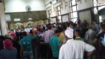 زحام شديد في محطة مصر للقطارات بسبب تذاكر العيد