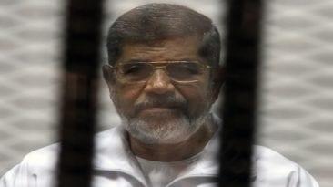 التحفظ على كاميرات المراقبة في قاعة محاكمة مرسي بعد وفاته