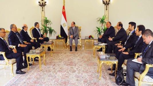 السيسي يستقبل وزيري الخارجية والدولة الإماراتيين: نتابع تطورات الخليج