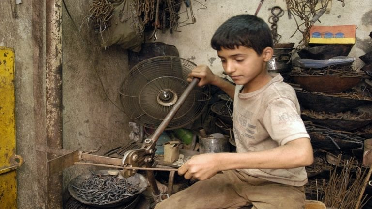 اليوم العالمي لمكافحة عمل الأطفال: 1.8 مليون في مصر