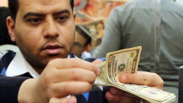 """تخفيض سعر الدولار الجمركي.. وفضيحة عالمية لـ""""ولد الغلابة"""""""