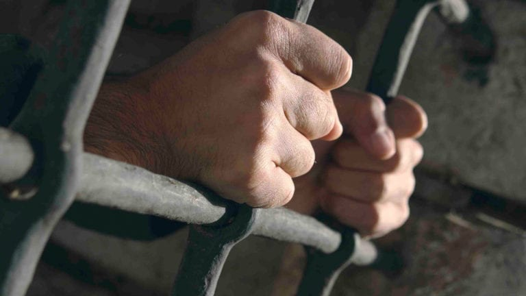 سجن محافظ المنوفية السابق 10 سنوات لاستيلائه على 27 مليون جنيه