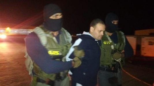 مصادر: إعادة محاكمة هشام عشماوي في 5 قضايا
