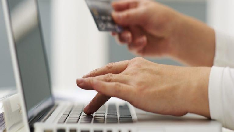 """ثلاثة بنوك تمول مبادرة """"توطين"""" للتحول الرقمي بمبلغ 900 مليون جنيه"""