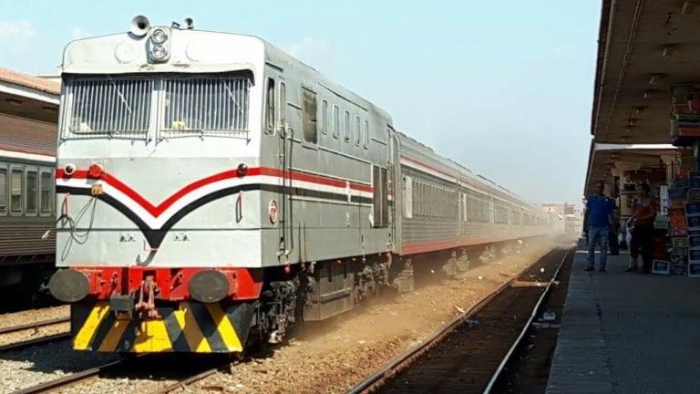 السكة الحديد تطبق غرامة جديدة خاصة بالاشتراكات.. تفاصيل