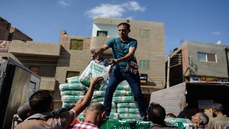 الحصاد: حظر التجوال في مناطق من شمال سيناء.. و710 آلاف ضمن المستبعدين من الدعم