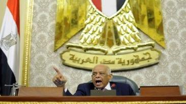 عبد العال ينتقد الحكومة ويطالب وزيرة التضامن بمغادرة الجلسة