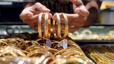 ارتفاع أسعار الذهب 10 جنيهات وتذبذب العملات