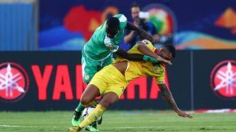 انطلاق مباريات دور الثمانية من أمم إفريقيا: تأهل السنغال ونيجيريا