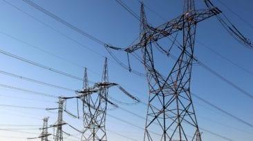 إلزام شركات المياه بسداد مديونيات الكهرباء.. مدبولي يتدخل