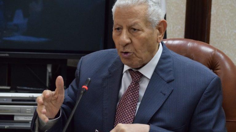 مكرم محمد أحمد: مرتضى منصور يحتاج لضبط لسانه شوية صغيرة