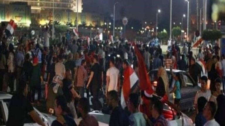 النائب العام يحقق مع ألف شخص: هذه أسباب مظاهرات الجمعة