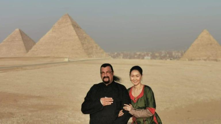 ستيفين سيجال وزوجته