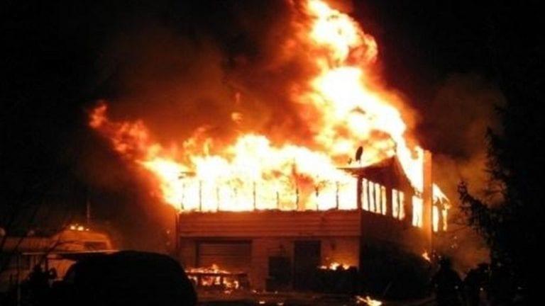 حريق هائل في الإسكتدرية