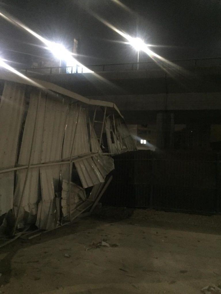 توقف القطارات بـ3 محطات في مترو الخط الأول: سقوط رافعة ونش (صور)
