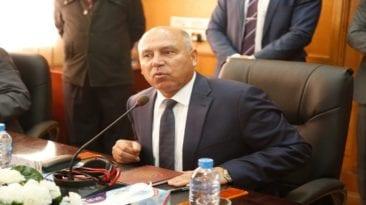 كامل الوزير يتابع أضخم صفقة في تاريخ السكة الحديد (صور)