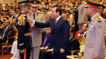 السيسي يشهد حفل تخرج طلاب الدفعة الأولى في كلية الطب العسكري