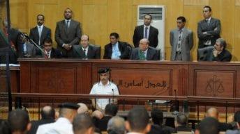 السجن المؤبد لمحام شهير وسكرتير محكمة زورا حكم إعدام