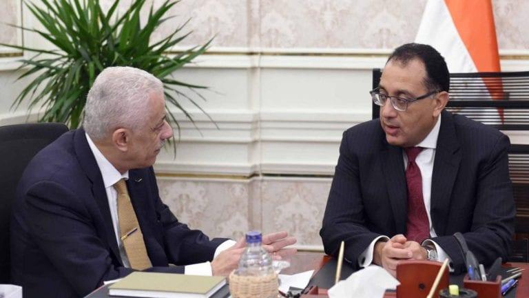 رئيس الوزراء يتابع خطة تطوير التعليم