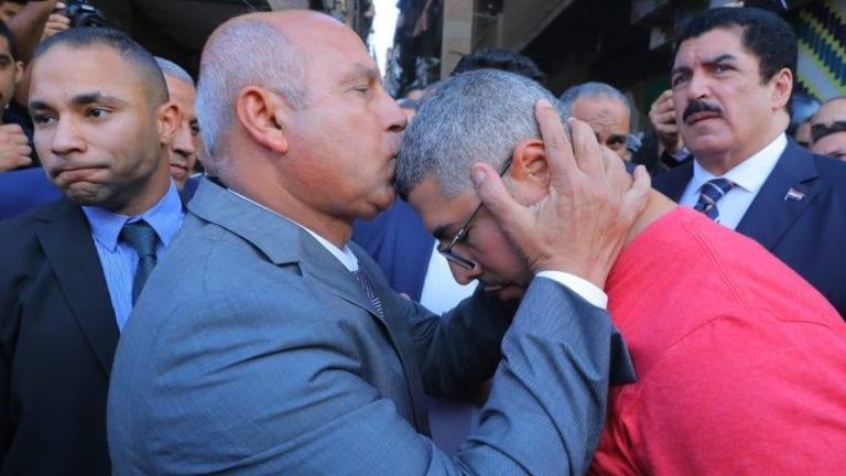 وزير النقل يعزي أسرة ضحية قطار إسكندرية: تصرفات غير إنسانية