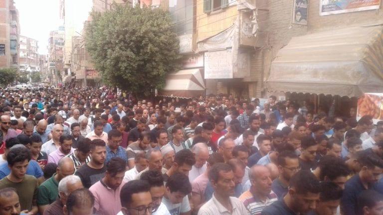 تشييع جثمان الطالب محمود البنا ضحية التصدي لمعاكسة فتيات