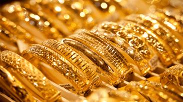 تذبذب أسعار العملات وارتفاع الذهب جنيها واحدا