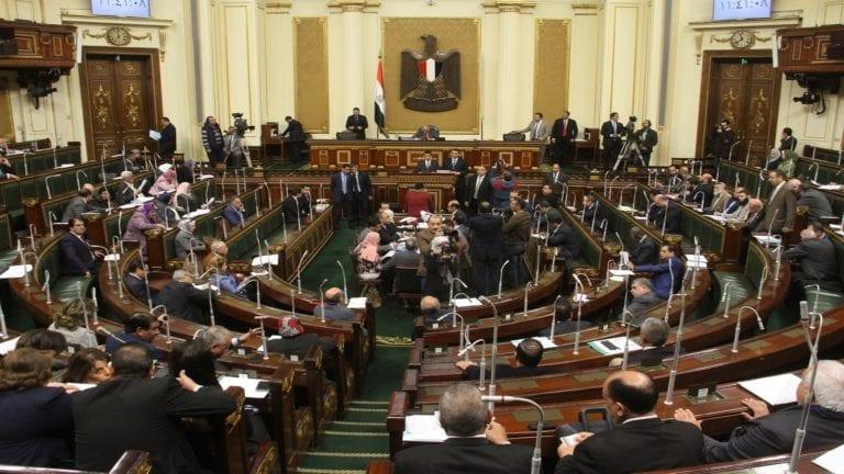 بعد توجيه السيسي.. أول استجواب ضد وزير الري بالبرلمان