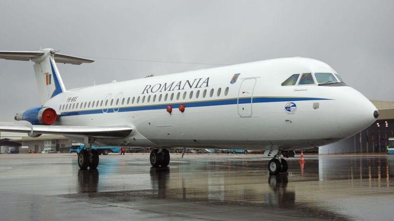 المصري ضحية الاعتداء في طائرة بوخارست يطلب 5 ملايين يورو تعويضا