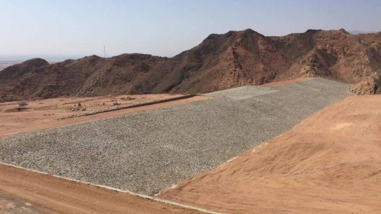 إنشاء سد وبحيرة في دهب للحماية من أخطار السيول