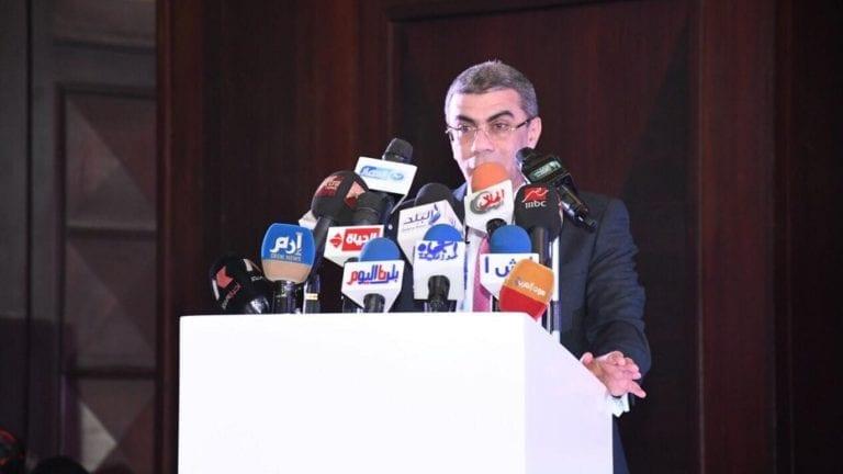 ياسر رزق يكشف عن ملامح التغيير الوزاري