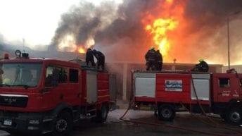 حريق هائل بمول تجاري في الزقازيق