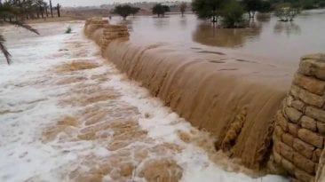 إنشاء سدود لاستقبال السيول بسوهاج