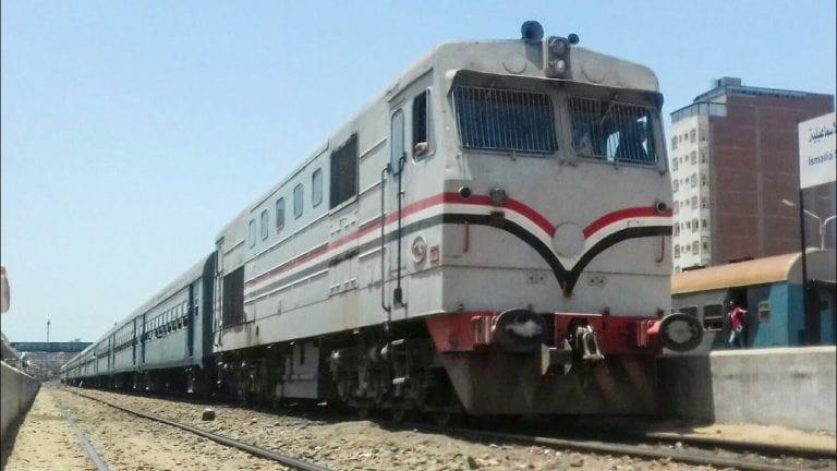 تشييع جثمان ضحية قطار كفر الزيات