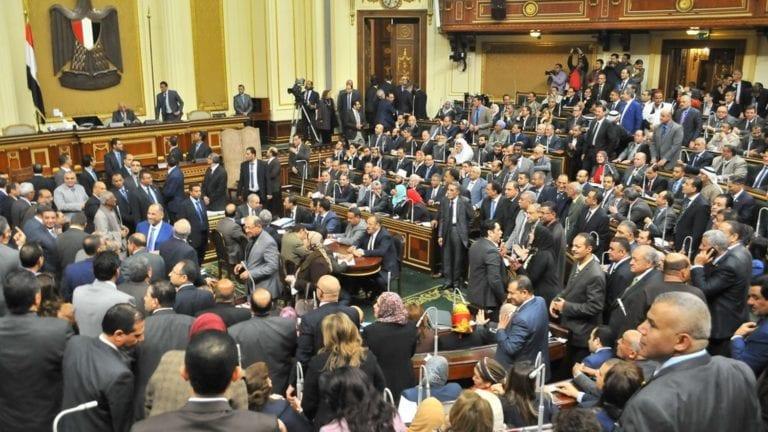 البرلمان يوافق على زيادة معاشات الشرطة: متدنية جدا