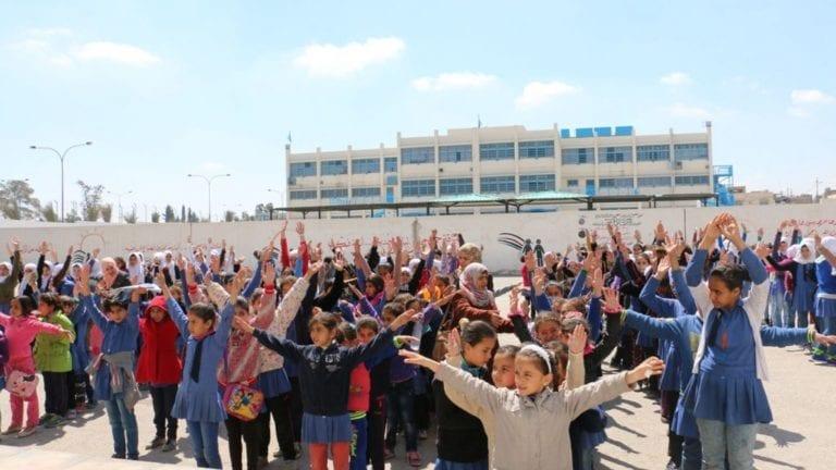 التربية والتعليم بالقاهرة تحذر من الالتهاب السحائي: تجهيز غرف عزل